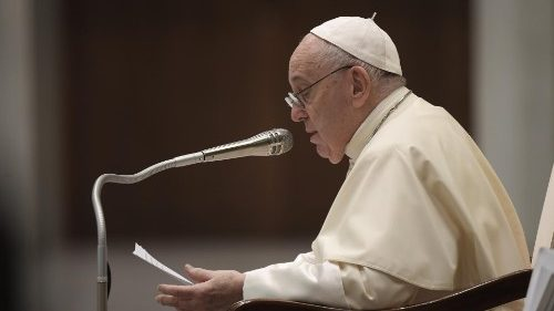 Pope at Audience: Hypocrisy jeopardises the unity of the Church