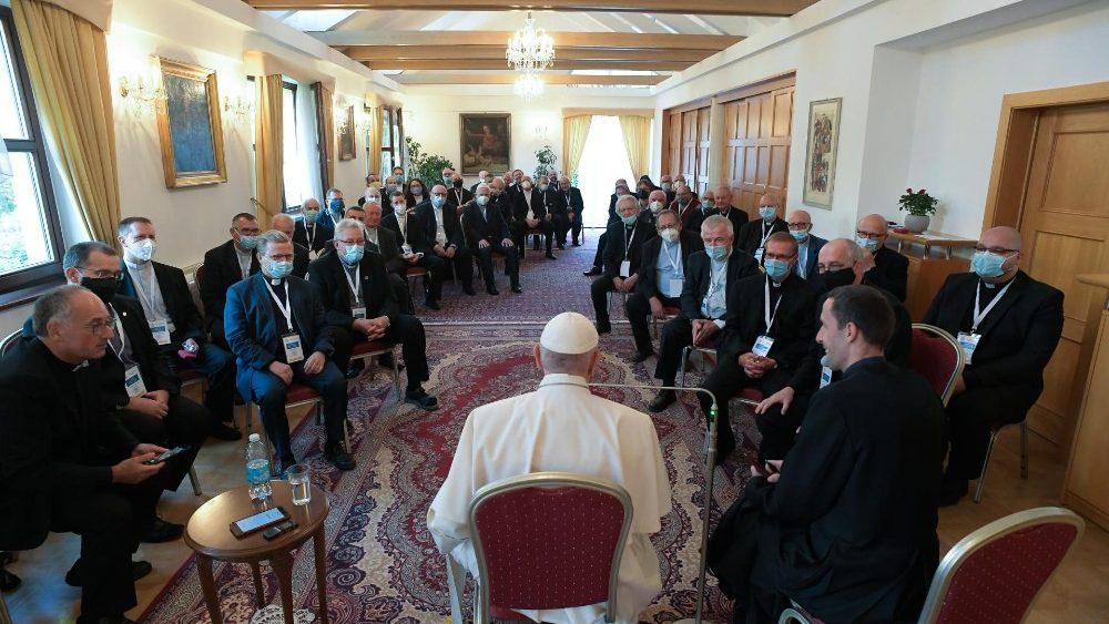 El Papa, con los jesuitas de Eslovaquia