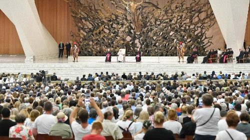 Pope at Audience: Power of grace must lead to works of mercy