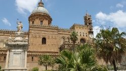 cathedral-of-palermo-327030_960_720.jpg