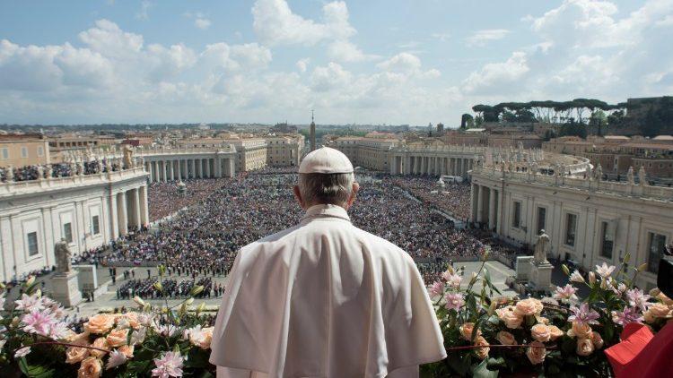 Papa Francisco comemora 5 anos de pontificado