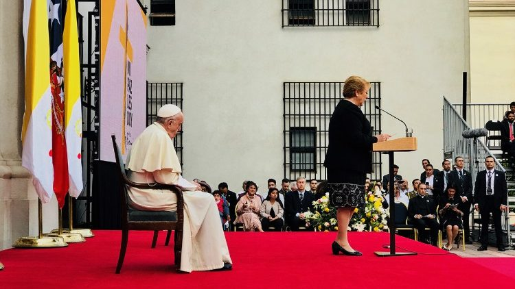 Visita de cortesia do Papa Francisco à Presidente Bachelet