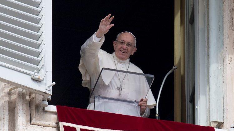 Angelus: viver a Quaresma sem idolatrias, sem fazer da alma um comércio