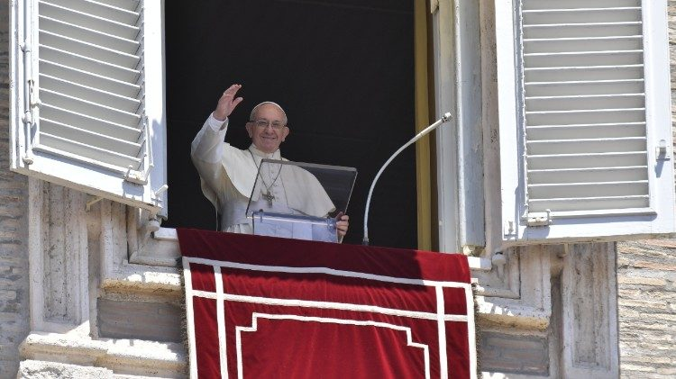 Pope Francis greets pilgrims in St Peter's Square for the midday Angelus