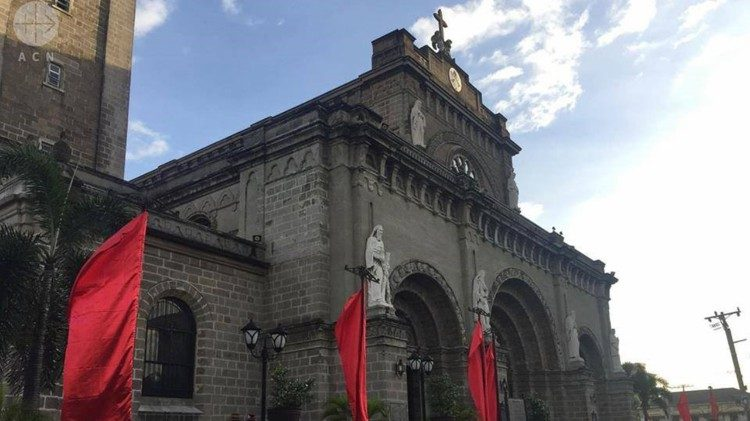 Manila Cathedral - Cattedrale Manila Filippine