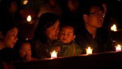 Veillée de Pâques en Chine, dans une église de Shanghai