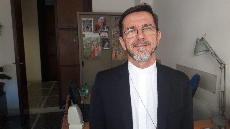 D. Luiz Fernando Lisboa, Bispo de Pemba (Cabo Delgado), em Moçambique