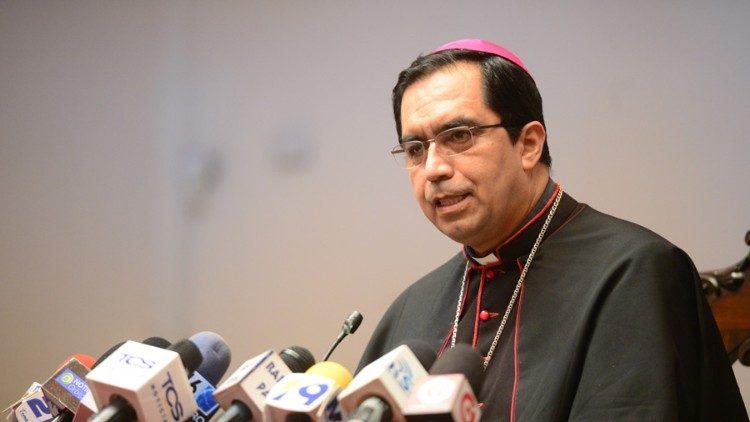 """Monseñor Escobar Alas: """"nos preocupa la vida de nuestro pueblo"""" - Vatican  News"""