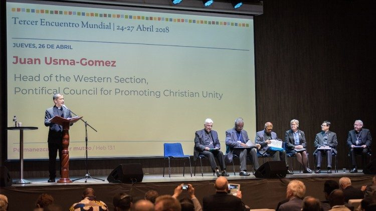 Juan Usma-Gomez delivers Pope Francis' message during the Global Christian Forum