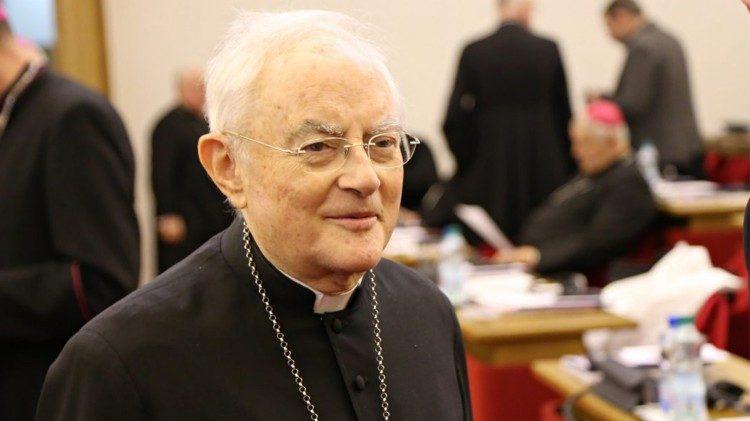 Mgr Henryk Hoser, archevêque émérite de Varsovie-Praga.