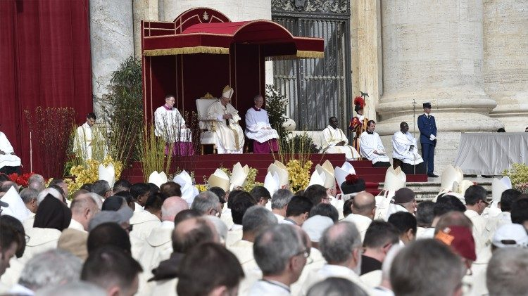 Pope Francis greets those present before praying the Regina