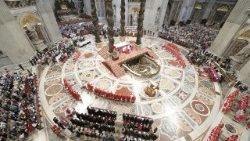 Missa de Pentecostes na Basílica de São Pedro