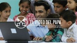 Official Image - The Pope Video 6 JUN - Social Networks - 2 Spanish.jpg