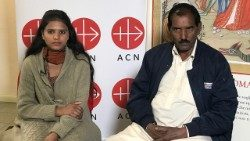 Ashiq Masih (R), the husband of Asia Bibi, with their youngest daughter, Eisham Ashiq, in Rome in February 2018.
