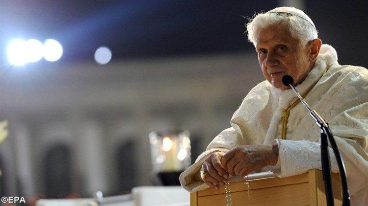 Đức nguyên Giáo hoàng Biển Đức XVI