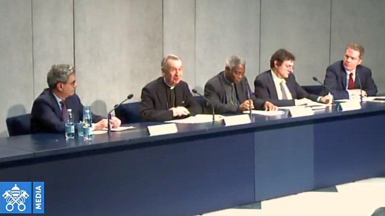 Press Conference in the Holy See's Press office where the new document was unveiled to journalists.