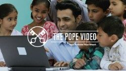 Official Image - The Pope Video 6 JUN - Social Networks - 1 EnglishOK.jpg
