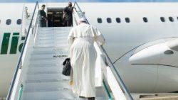 El avión del Pontífice ya está rumbo Marruecos