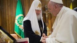 Pope Francis meets with Russian Orthodox Patriarch Kirill at Havana airport on February 12th 2016