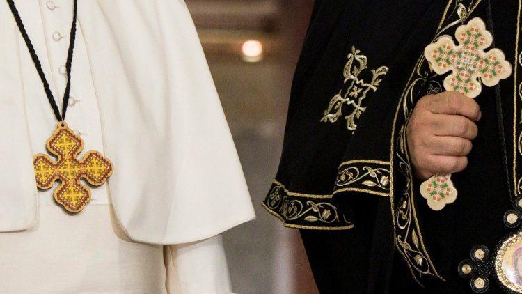 Papa Francesco e cristiani copti