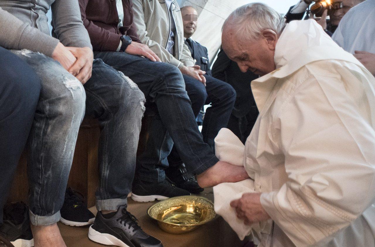 I detenuti del carcere di regina coeli attendono il papa for Planimetrie di 1500 piedi quadrati