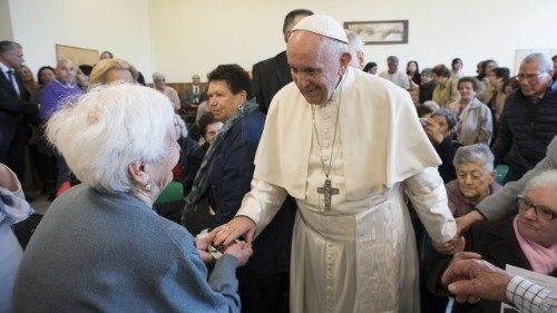 Grands-parents et personnes âgées: leur prière avec le Pape François
