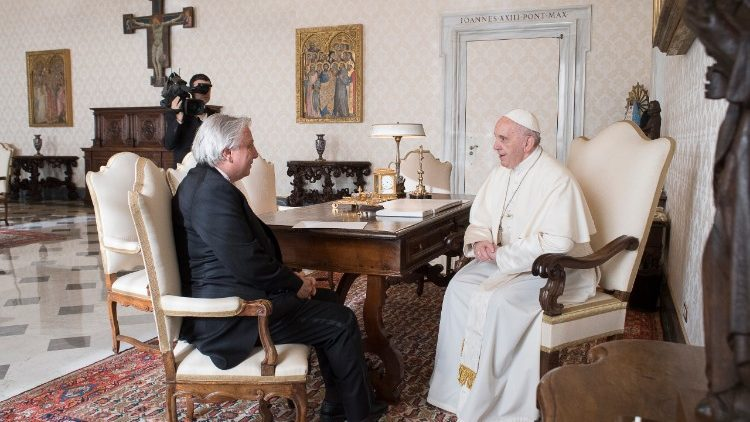Mr. Antonio Raymond Andary, new Ambassador of Lebanon to the Holy See, meets with Pope Francis