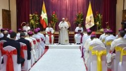 Pope Francis meets with Catholic Bishops of Myanmar