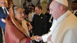Bangladesh PM Sheikh Hasina meeting Pope Francis in Dhaka.