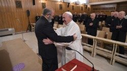 Pope greeting Fr José Tolentino Mendoça, preacher of the curial spiritual exercises