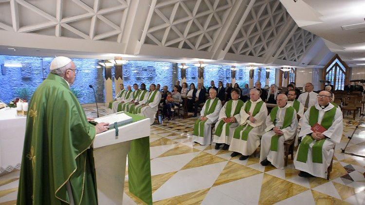 Papa: sem liberdade não se pode ser santos