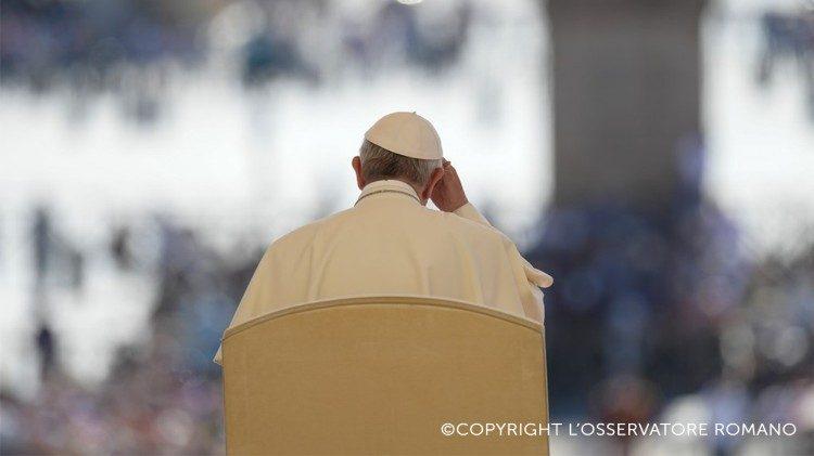 Papa Francisco na Audiência Geral na Praça São Pedro