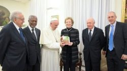 Pope Francis meeting the former UN Secretary General, Kofi Annan and other members of the Elders, a group of global leaders.