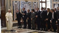 Pope Francis meeting the delegation from the Biagio Agnes International Journalism Prize