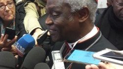 2017-11-10 PETER TURKSON conferenza Nucleare Vaticano