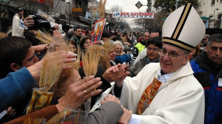 Cardinal Jorge Bergoglio greeting the faithful in Buenos Aires.