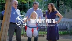 Official Image - The Pope Video 8 2018 - The Treasure of Families - 1 English.jpg