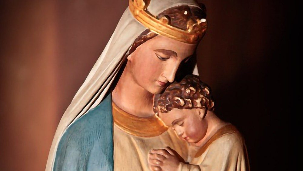 Mary-Jesus-Christ-Statue-Virgin-Madonna-Baby-164076.jpg