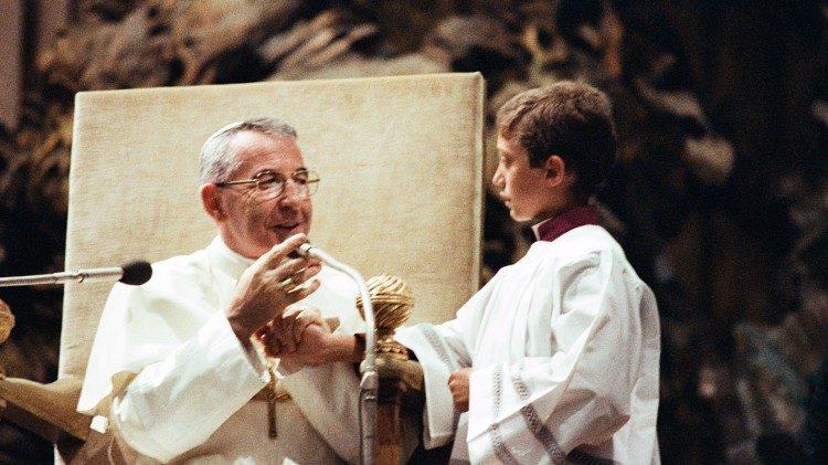 Папа Іван Павло І на загальній аудієнції у Ватикані