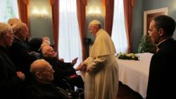 Pope Francis meets fellow Jesuits in Ireland during WMF