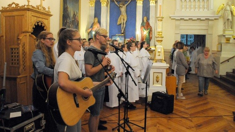 Young Lithuanians at Holy Mass