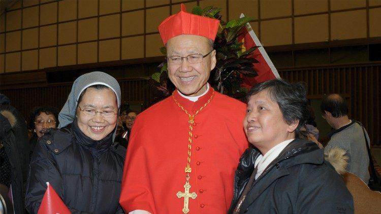 2018.09.21 Cardinale John Tong Hon – Concistoro 8 febbraio 2012