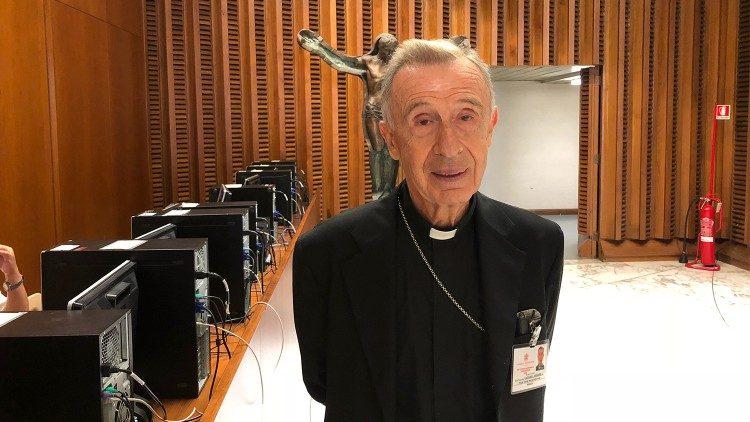 """ĐTC bãi bỏ Ủy ban """"Ecclesia Dei"""" và nhập vào Bộ giáo lý đức tin"""