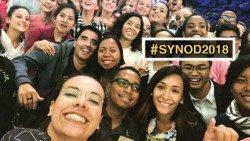 Sínodo: Evangelizar en las Redes Sociales acompañando a los jóvenes