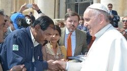 Pope Francis meeting Asia Bibi's husband and daughter in the Vatican, April 15, 2015.