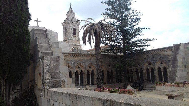 Cerkev Očenaš, Sveta dežela