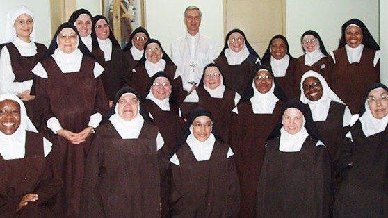 Dzień Życia Konsekrowanego: zbiórka na klasztory kontemplacyjne