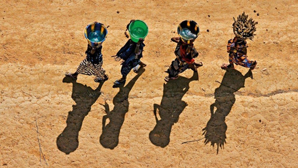 Risultati immagini per L'acqua è alla base della vita