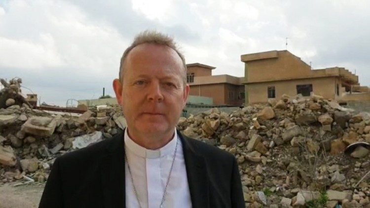 Archbishop Eamon Martin visits Batnaya in Iraq on behalf of Trócaire