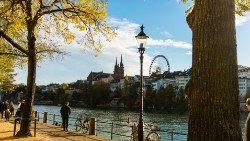 Ansicht von Basel mit seinem Münster 37ef32383095